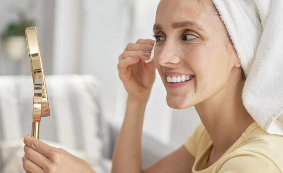 10 Home remedies for achieving Glowing Skin